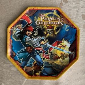 Disney Pirates of the Caribbean Plate 🤩 5/$15 🤩